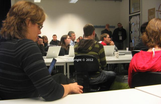 Auch 2008 wurden alle neuen Infos sofort in den Äther kommuniziert *g. Fotoquelle: http://www.barcampfotos.de/index.php?/category/7